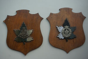 2 Vintage &Rare Canadian Military Wall Plaque - Crests