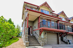 Sun Rivers Townhouse with Gorgeous Views of Kamloops