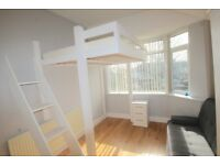 1 bedroom in Forfar Street, Northampton, NN5