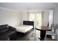 GREAT ROOMS IN CANARY WHARF - DOCKLANDS ZONE 2