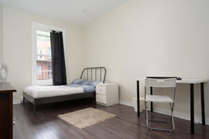 4 bedroom apartment (McGill) - Appartement 4 chambres