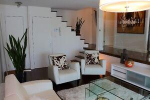 Spacieux condo 3 1/2 meublé, sur deux niveaux