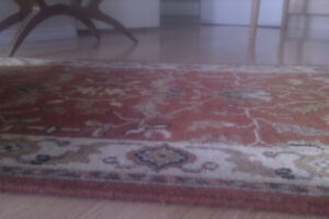 Handknotted Taj Wool Rug from India