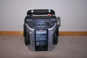 Battery Booster Pack With Air Compressor 1000 amps only $50 Call