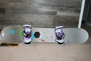 Burton Lux Snowboard/Bindings/Boot Package (147cm length)