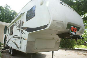 WILLING TO TRADE!  2007 Cougar by Keystone, ½ Ton Towable Peterborough Peterborough Area image 2
