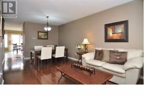 3 Bedrooms townhouse in Newmarket-Available March or April 1st