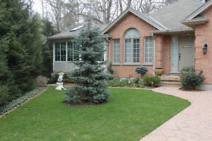 Luxery Cottage Grand Bend Southcott Pines- Hot tub inlcuded