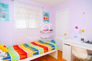 HOMESTAY for FEMALE STUDENTS IN VAUGHAN/MAPLE! EXCLUSIVE