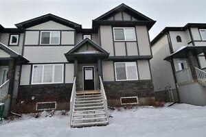 FULLY FINISHED, NO CONDO FEES!!