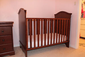 Crib and dresser - Made in Canada
