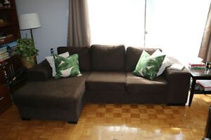 Solid brown sectional couch