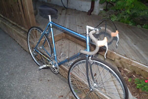 12 SPD. BIANCI RACE BIKE IN EXCELLENT SHAPE CAN DELIVER