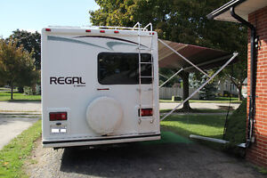 22FT 2004 Regal by Triple E V10 6.8L Very Clean all original