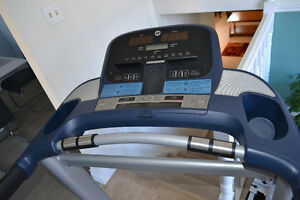 HORIZON TREADMILL - MODEL CT 5.1 for sale