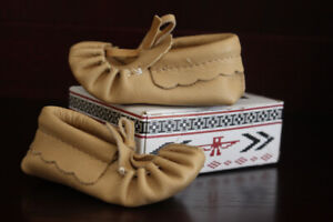 Baby Pleated Leather Moccasins (Size: 4) - Made in Canada