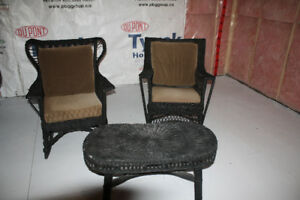 Antique Bar Habor Wicker chairs