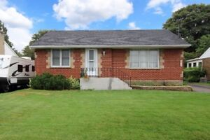 Affordable Bungalow on Large Lot in Desireable Oshawa Area