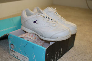 Size 7 Power brand Cheer shoes