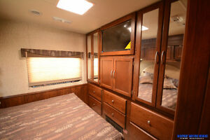 Contact for Clear Out Price* New 2016 Coachmen Pursuit 29SB London Ontario image 17