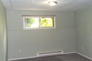 ROOM FOR RENT BY MONTH- In Brossard-