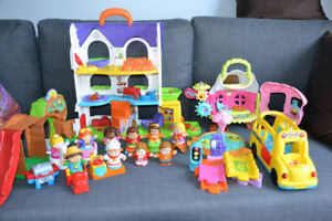 VTech Interactive Toy Collection -People, Bus, House, and Castle