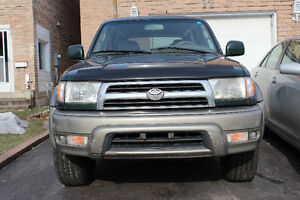 2000 Toyota 4Runner Limited Edition SUV, Crossover