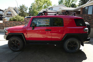 2012 Toyota FJ Cruiser Trail Teams Edition, LOW KM, Manual Trans