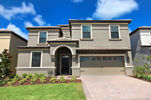 8 Bedroom 5 Bath Golf Villa Sleeps 19!!! (15 min. from Disney)