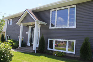 Beautifully Redone Family Home in Cole Harbour!