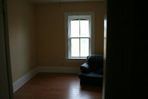 Large 2 bedroom apartment for rent in Sebringville Stratford Kitchener Area image 3
