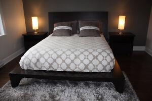 Lit et matelas queen chambre a coucher