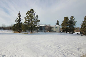Spacious Bungalow on 4.37 Acres in Strathcona County!