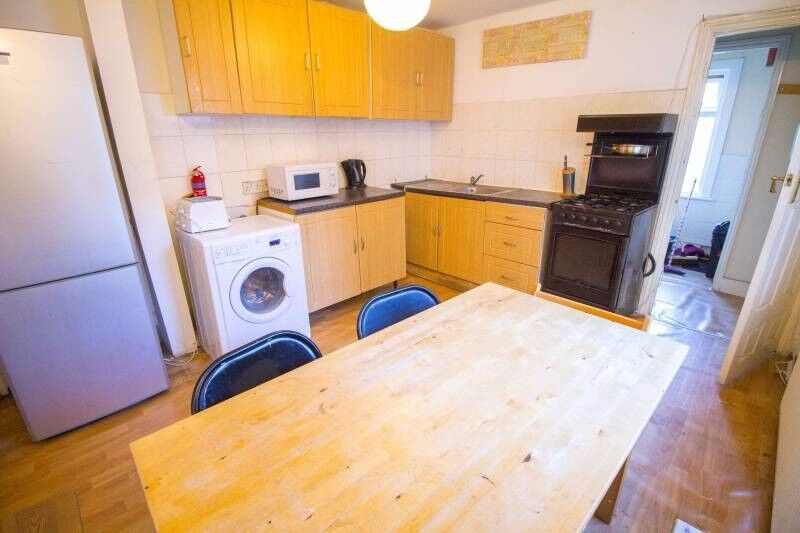 **All Bills Included** Double Room in Walthamstow!