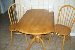 FOLD DOWN TABLE WITH 2 CHAIRS Windsor Region Ontario image 4