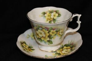 TEA CUPS & SAUCER'S - VINTAGE  FOR SALE