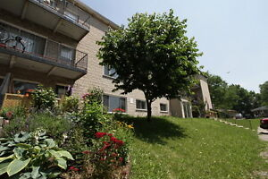 Large 1 Bed Apt North Victoria & Taylor Controled Entry Hardwood London Ontario image 1
