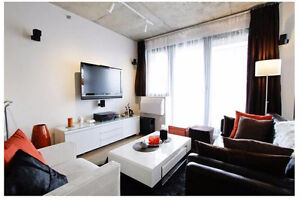 Luxury Condo Fully Furnished Near Old-port and Downtown