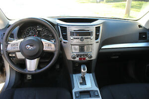 2011 Subaru Outback 2.5i Convenience West Island Greater Montréal image 3