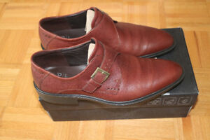 Brand new  ecco shoes 10-10.5