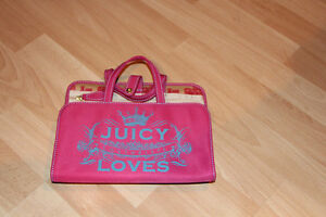 JUICY COUTURE JEWELERY organizer or travel case