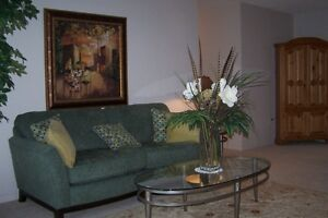 2 Bedroom Condo - Make Downtown London Your Home - Special Incen