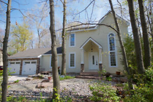 Beautiful Grand Bend Cottage Available for Rent Aug 31 -Sep 3