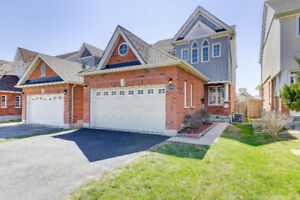 Beautiful Home For Rent in Innisfil