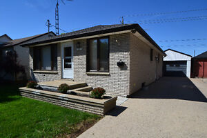 1327 CENTRAL AVE ***NEW LISTING*** WELCOMEHOMEWINDSOR.COM