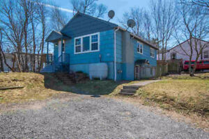 Herring Cove, Halifax - House for Rent