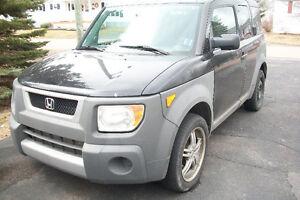 2003 Honda Element SUV, Crossover