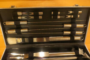 CHEF'S BBQ TOOLS IN A METAL CASE Kitchener / Waterloo Kitchener Area image 3