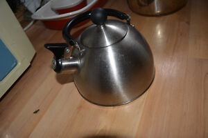 Stainless steel stovetop kettle, clean, works great $10