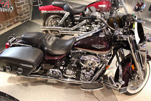SOPHISTICATION MEETS POWER AND COMFORT - ELEGANT ROAD KING